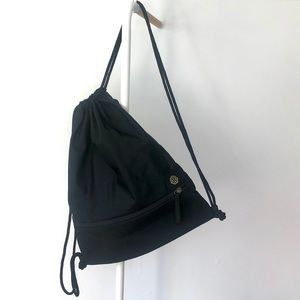 Lululemon black drawstring backpack